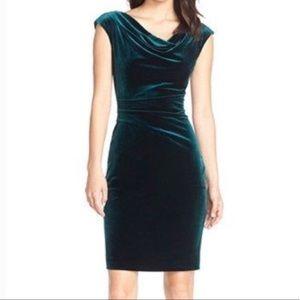 NWT Vince Camuto Green Emerald Velvet Midi Dress